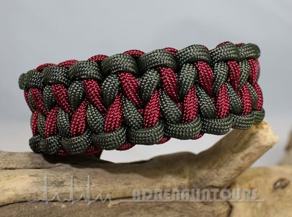 Bild von Paracord Armband DRAGON TEETH - olive / bordeaux