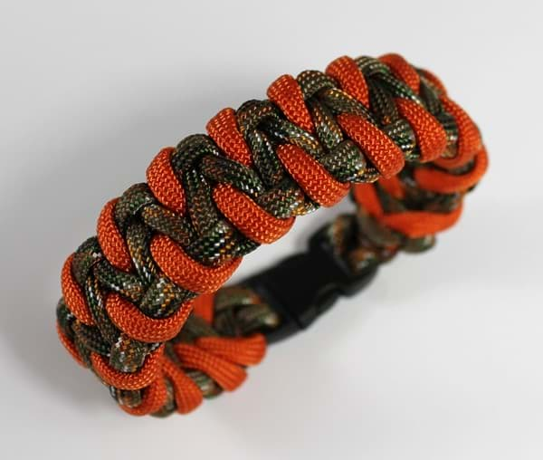 Bild von Paracord Armband SNAKE hidden camo / orange