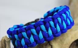 Bild von Paracord Armband DRAGON TEETH - electric blau / türkis